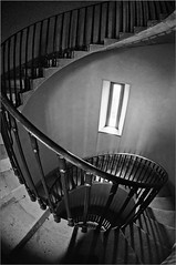 (frscspd) Tags: shadow tower museum architecture spiral bath shadows gloom lookingdown spiralstaircase lansdown abitgloomy beckford williambeckford beckfordtower lansdowntower lansdownhill henrygoodridge