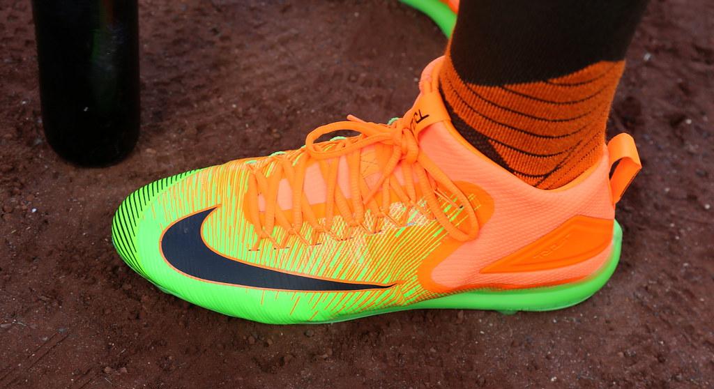 buy online efeba 28982 Giancarlo Stanton s Nike kicks for the T-Mobile  HRDerby are hot.  (apardavila