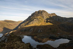 "Tryfan from Y Gribin • <a style=""font-size:0.8em;"" href=""https://www.flickr.com/photos/24733850@N04/15202583943/"" target=""_blank"">View on Flickr</a>"