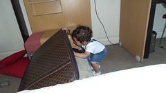 Where is it? (haidarism (Ahmed Alhaidari)) Tags: travel bag daddy dad where present papa khalid fahter