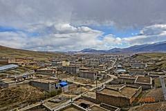 ตัวเมืองหลี่ถัง เมืองที่สูงที่สุดในโลก สูง 4,014 เมตรเหนือระดับน้ำทะเล