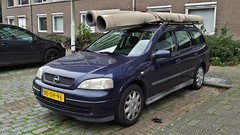 Opel Astra Stationwagon 1.6 GL (sjoerd.wijsman) Tags: auto blue holland cars netherlands car rotterdam blauw break estate g nederland thenetherlands voiture bleu vehicle holanda autos paysbas combi kombi olanda astra opel stationwagon fahrzeug bluecar niederlande opelastra zuidholland onk carspotting estatecar donkerblauw bluecars stationcar ommoord carspot astrag opelastrag rotterdamommoord 01122014 sidecode5 xsdr96