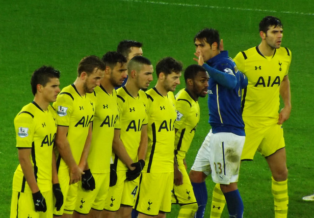Spurs Line up the wall