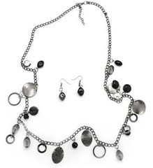 5th Avenue Black Necklace P2140-1