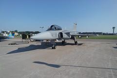 SAAB JAS 39 Gripen (hkkbs) Tags: sweden aircraft military airshow sverige militär flygplan västergötland swedishairforce svenskaflygvapnet såtenäsflygflottilj saabjas39gripen samsungnx3000 nx1650mmf3556powerzoom försvarsmaktensflygdag2015
