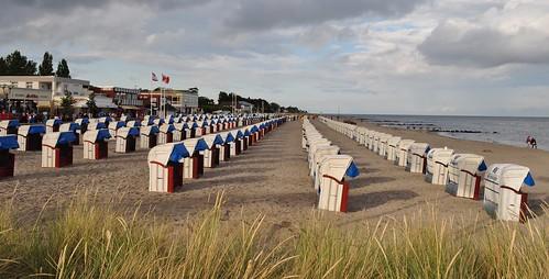 Fin d'après-midi sur la plage de Grömitz, Ostholstein, Schleswig-Holstein, Allemagne.