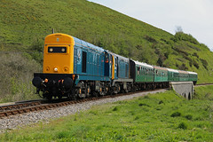 20205 + 20142 Corfe Castle (daveymills31294) Tags: castle diesel railway class 20 corfe gala swanage 2016 20205 20142