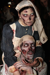 Suora e paziente (cicciobaudo) Tags: cosplay zombie bologna horror ragazza zombiewalk