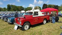 CLASSIC LAND ROVER. (suki5150) Tags: england classic ford austin buick jaguar morrisminor audi landrover classiccars carshow alvis rootes claremontfarmcars fordcorsair1966