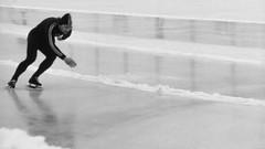 Skater in B&W (Linus Wrn) Tags: blackandwhite bw man ice sports monochrome blackwhite skater iceskater speedskating
