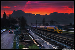 NSR 8614, Rijssen 06-03-2016 (Henk Zwoferink) Tags: station ns nederland gemeente overijssel henk spoorwegen nsr dubbeldekker nederlandse noorderkerk virm rijssen 8614 zwoferink molenstalweg