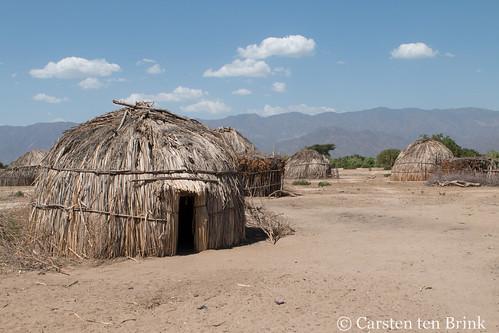 Arbore huts