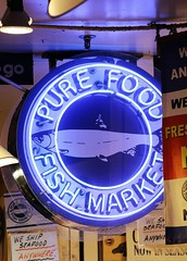 Pure Food Fish market (Laurence's Pictures) Tags: seattle chihuly tourism glass gardens see washington place dale market space things tourist needle pike monorail