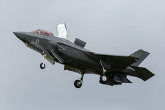 ZM137 / Royal Air Force / Lockheed Martin F-35B Lightning II (Charles Cunliffe) Tags: canon 7dmkii aviation raf fairford egva ffd royal air force lockheed martin f35 f35b lightning ii zm137