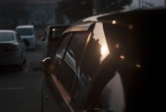 L1007179c (haru__q) Tags: leica m8 leitz summar sunset reflected window glass car