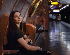 Metropolitain (Caroline Neumannova) Tags: womanportrait woman portrait street streetphotography streetphoto girl look eyes beauty beautiful paris parisian metro subway metropolitain gold