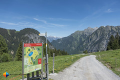 Barefoot trail at the end of the Natursprnge-Weg Brandnertal (HendrikMorkel) Tags: austria family sonyrx100iv vorarlberg sterreich bregenzerwald mountains alps alpen berge natursprngewegbrandnertal