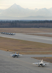 VMFA-232 ramps up for RED FLAG-Alaska 17-1 (Eielson Air Force Base) Tags: aircombat training exercise aircraft usaf usmc pacaf pacificairforces alaskarange multinational joint aerial partnership fa18chornet reddevils 3maw f15eagle vampires eielsonairforcebase alaska unitedstates