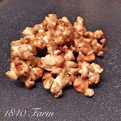 "Homemade Bourbon Caramel Popcorn for family movie night? Yes, please!  #bourbon • <a style=""font-size:0.8em;"" href=""http://www.flickr.com/photos/54958436@N05/15566886724/"" target=""_blank"">View on Flickr</a>"