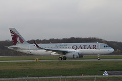 Qatar Airways. A7-AHX. A320 Sharklets. (Themarcogoon49) Tags: airbus a320 planespotting gva avgeek sharklets