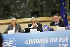 Marielle de Sarnez, Jean-Claude Juncker & Franois Bayrou (PDE-EDP) Tags: logo fb marielle rond juncker bayrou sarnez