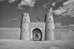 Al Jaheli Fort, UAE National Day (dmjames58) Tags: leica travel bw blakandwhite monochrome museum fort uae middleeast alain nationalday leicam summicron35mm niksoftware silverefexpro aljaheli