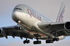 [12:07] QR0003 DOH-LHR (A380spotter) Tags: london heathrow landing finals airbus a380 approach 12th 800 qr lhr qatar threshold qatarairways qtr egll القطرية 27l athba runway27l shortfinals dohlhr عتبه a7apa qr0003 msn0137 twelftha380operator