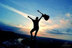 Sky (binahenkel) Tags: boy sky cloud sun sunrise guitar himmel wolke sonne sonnenaufgang junge gitarre erhaben