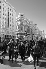Gran Va (Cazador de imgenes) Tags: madrid street espaa photo spain nikon streetphotography 15 via gran streetphoto espagne spanien spagna spanje spania  2015 spange d7000