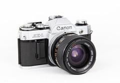 Canon AE-1 + FD 28mm 1:2 (blumenbiene) Tags: camera analog canon lens photography photo fotografie ae1 28mm 12 product kamera fd objektiv analoge produktfoto analoque kompaktkamera