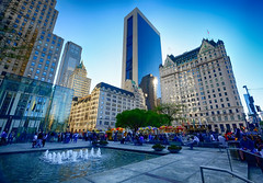 Park Plaza Hotel in New York (` Toshio ') Tags: plaza city nyc people usa newyork water fountain architecture buildings square hotel cityscape centralpark midtown parkplaza parkplazahotel toshio xe2 fujixe2