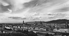 Firenze, Itlia #iphonephotos (Glaucia Barrotti) Tags: bw italy love wonderful photography florence amazing perfect italia photographer photos firenze inlove iphone 2016 iphonephotos
