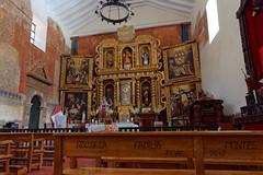 Wnętrze kościoła w Pisac | Inside the church in Pisac