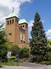 Church of St Luke, Pinner (Kake .) Tags: london pinner tubewalk ha5 tubewalk121