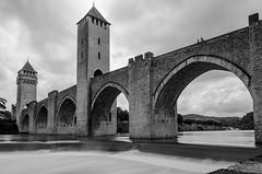 Pont Valentr (nicolas.coq) Tags: lot cahors pont bridge valentr exposition longue long exposure fil water eau