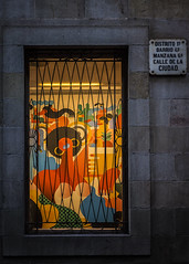 Barcelona Window (Mike Hewson) Tags: barcelona window streetsign street panasonic lumix gx8 leicadgsummilux 25mm micro43 microfourthirds spain
