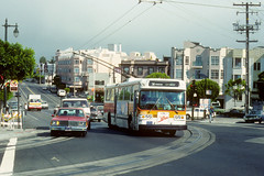 Muni #5010 (Jim Strain) Tags: jmstrain trolley bus coach transit muni sanfrancisco california