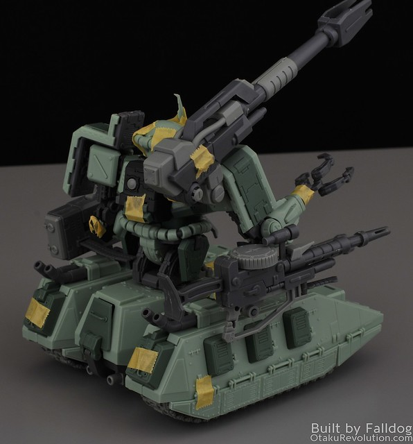 Motor King - 1-100 Zaku Tank Review 8 by Judson Weinsheimer