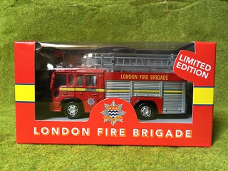Richmond Toys - London Fire Brigade  - Southwark - Volvo FL - Pump Ladder Fire Appliance - Miniature Die Cast Metal Scale Model Vehicle