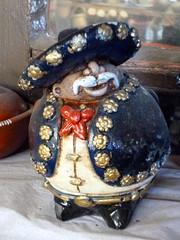 Mariachi (Raul Jaso) Tags: mexico fun funny crafts artesanias humor craft mariachi museo mexicano gordo artesania divertido gracioso graciosos chistoso panzon barrigon mexicancraft artesaniamexicana museocasademadera dmcfh8 panasonicdmcfh8