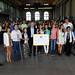 Mauricio Macri entrega diplomas a egresados de
