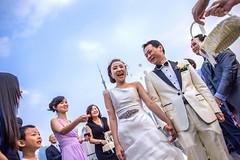 Big Day (HIKARU Pan) Tags: china wedding portrait smiling horizontal backlight outdoors photography bride asia shanghai chinese documentary wideangle weddingdress bridegroom weddingceremony happyness bigday 24l 1dx canonef24mmf14liiusm eos1dx
