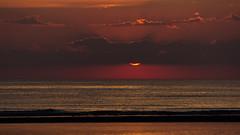 IMG_4761 (Leif Hinrichsen) Tags: sunset summer beach strand denmark island sonnenuntergang sommer insel northsea dänemark danmark nordsee abendhimmel sandstrand rømø röm nordseeinsel