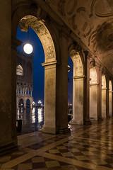 moonrise over venice (my-glasshouse) Tags: venice gondola florian venezia venedig rialto burano sanmarco hightide aquaalta hochwasser gondole markusplatz gondeln