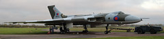 "(G-VULC) / 'XM655' Avro 698 Vulcan B.2A msn:SET.87 ""Royal Air Force"" (DC-7C) Tags: heritage set airplane military jet royal aeroplane v vulcan 12 airforce bomber warwickshire raf preservation avro 698 wellesbourne ircraft mountford b2a set12 xm655 egbw gvulc timelineevents dc7c210913"