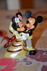 Figurine Mickey and Minnie Wedding (MissLilieDolly) Tags: wedding mouse heart suspension coeur disney mickey collection figure minnie dolly mariage figurine miss et souris lilie ornement missliliedolly