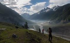 A Landscape & 5 photographers (Sai Achanta) Tags: india mist landscape valley himalayas jammukashmir 24105mm sonmarg 5dmarkiii