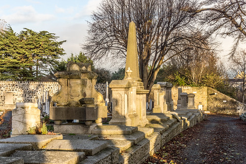 Mount Jerome Cemetery & Crematorium is situated in Harold's Cross Ref-100446