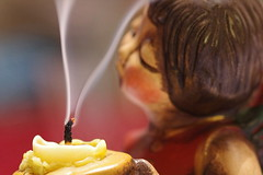 Christmas is over (gatierf) Tags: kerze engel rauch docht bozener