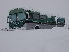 Snow Bus (shumpei_sano_exp3) Tags: snow bus home bluebird schoolbus rv busconversion